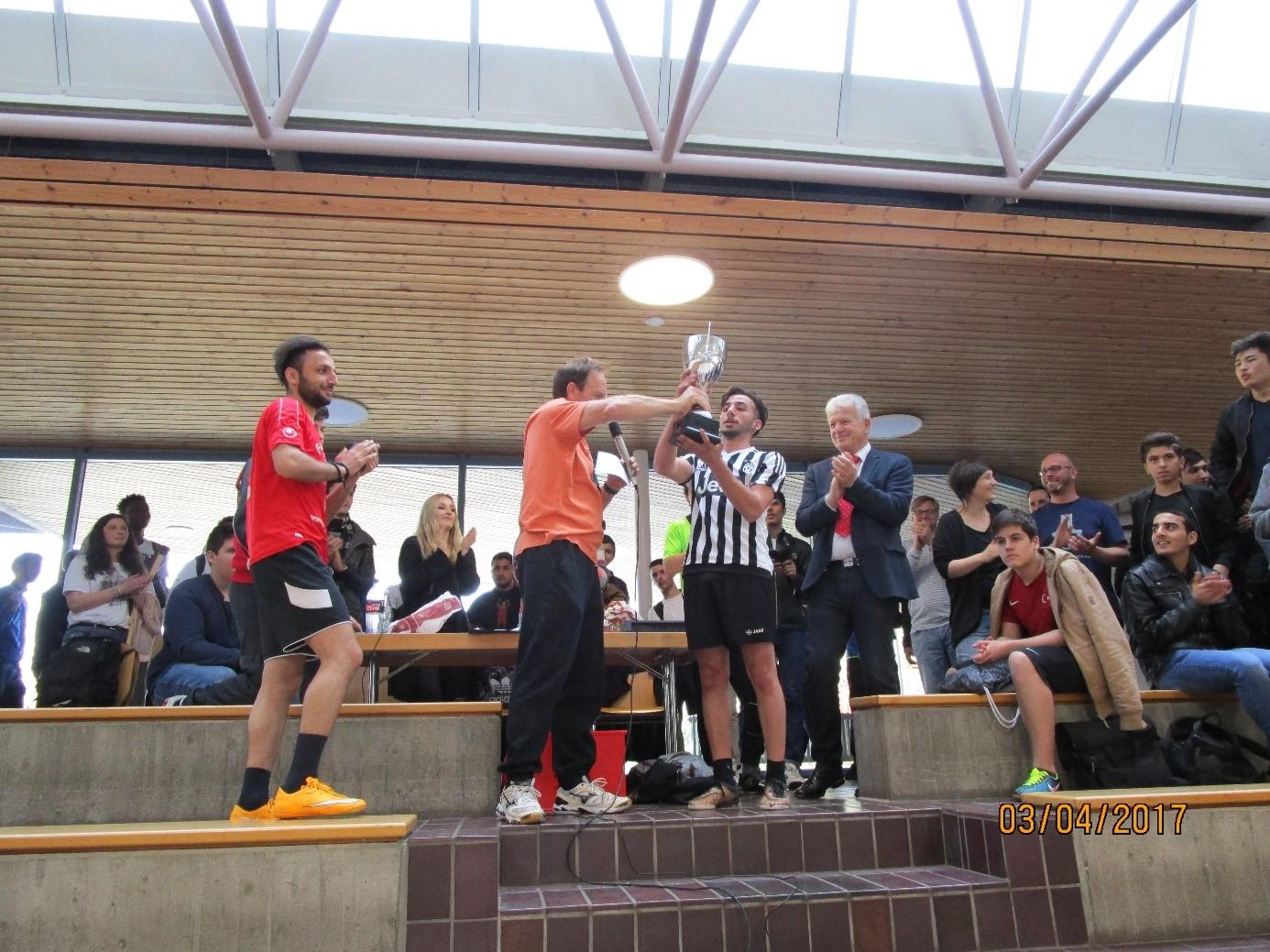 Smv Fussballturnier Der Gewerblichen Schule Geislingen In Der