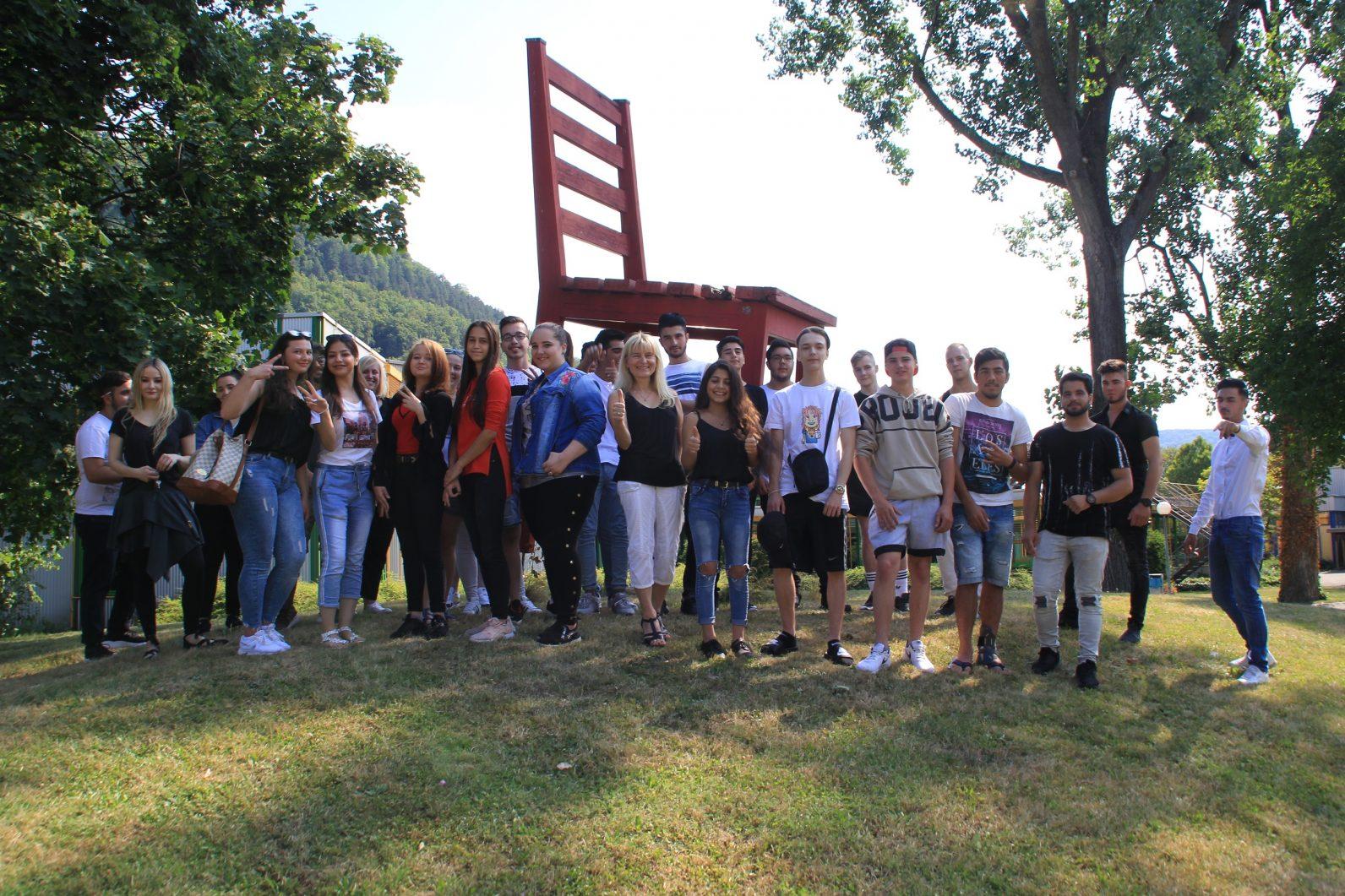 Bejvab 33 Absolventen Mit Guten Perspektiven Gewerbliche Schule